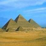 Le piramidi della piana di Giza