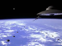 GLI UFO EFFETTUEREBBERO ORBITE CONTINUE PER CONTROLLARE L'ATTIVITÀ SULLA TERRA