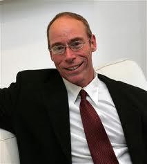 L'UFOLOGO STATUNITENSE STEVEN M. GREER