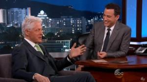 """BILL CLINTON DURANTE L'INTERVISTA IN TV AL """"KIMMEL LIVE SHOW"""""""