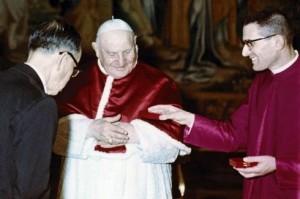 LORIS CAPOVILLA ACCANTO A PAPA GIOVANNI XXIII