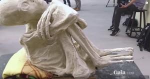 UN DETTAGLIO DELLA MUMMIA PERUVIANA CHIAMATA MARIA