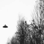 UN UFO FOTOGRAFATO NEGLI ANNI '60 DA GASPARE DE LAMA