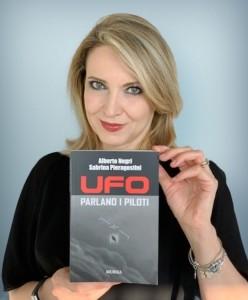 """TESTIMONIANZE E INTERVISTE ESCLUSIVE NEL LIBRO """"UFO-PARLANO I PILOTI"""""""